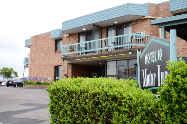 Motel 10 - Townsville Tourism