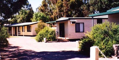 Cowell Foreshore Caravan Park  Holiday Units - Townsville Tourism