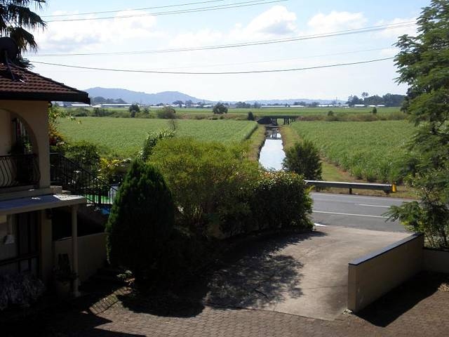 Poinciana Motel - Townsville Tourism