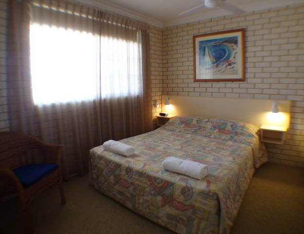 Santa Fe Motel and Holiday Units - Townsville Tourism