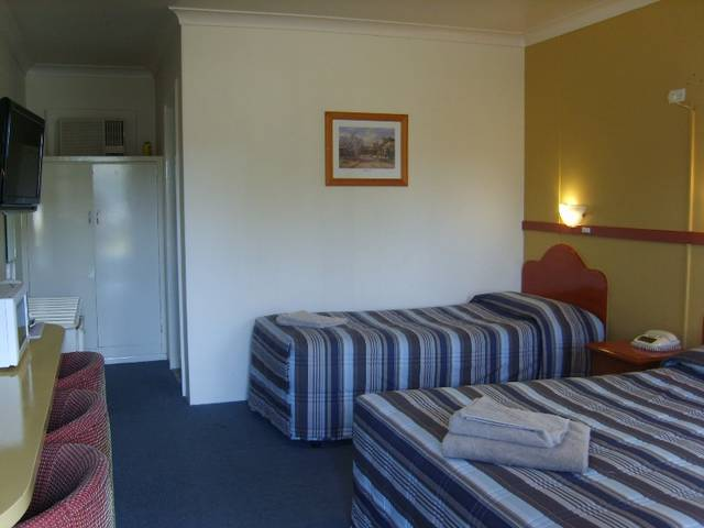 Valley View Motel - Townsville Tourism