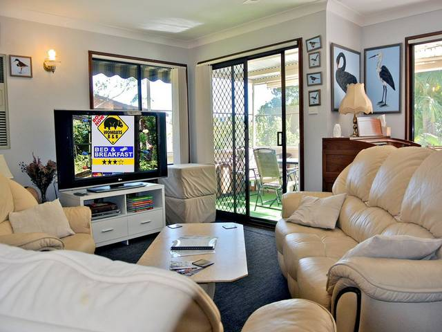 WOMBATS BB - Apartments - AAA 3.5 rated Gosford - Townsville Tourism