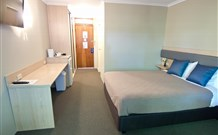 Lakeview Hotel Motel - Oak Flats - Townsville Tourism