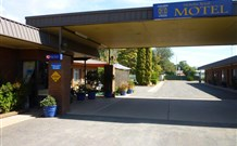 Nicholas Royal Motel - Hay - Townsville Tourism