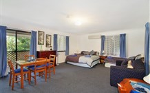 Ambleside Bed and Breakfast Cabins - Townsville Tourism