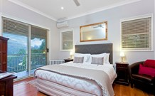 The Acreage Luxury BB and Guesthouse - - Townsville Tourism