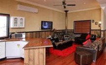 Top of the Range Retreat - Townsville Tourism