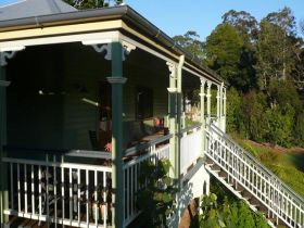 The Sanctuary Springbrook. Guest House / Cottage - Townsville Tourism