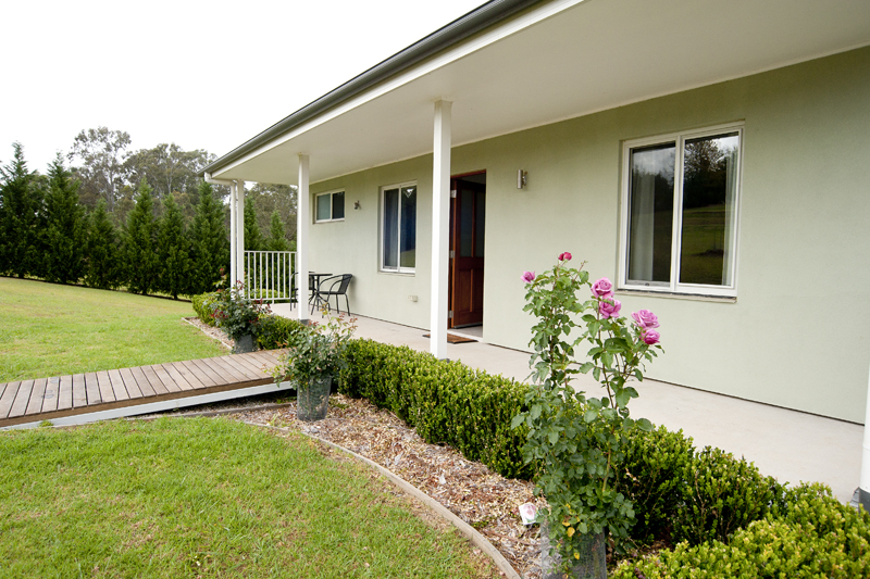 Highfields Country Cottages - Townsville Tourism