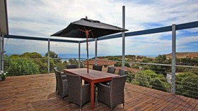 Coral Sands Seaview Beach House - Townsville Tourism