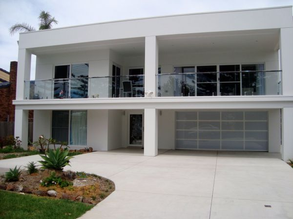 The White House - Shellharbour Village - Townsville Tourism