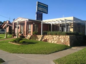 Golden Chain Murray River Motel - Townsville Tourism
