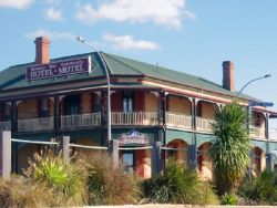 Streaky Bay Hotel Motel - Townsville Tourism