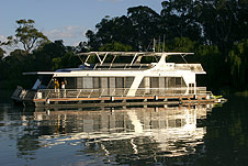 Whitewater Houseboat - Townsville Tourism