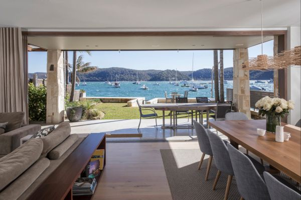 Pittwater Beach House - Townsville Tourism