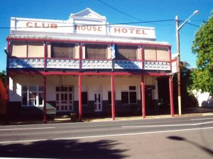Club House Hotel - Townsville Tourism