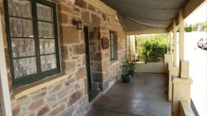 Lavender Cottage Bed And Breakfast Accommodation - Townsville Tourism