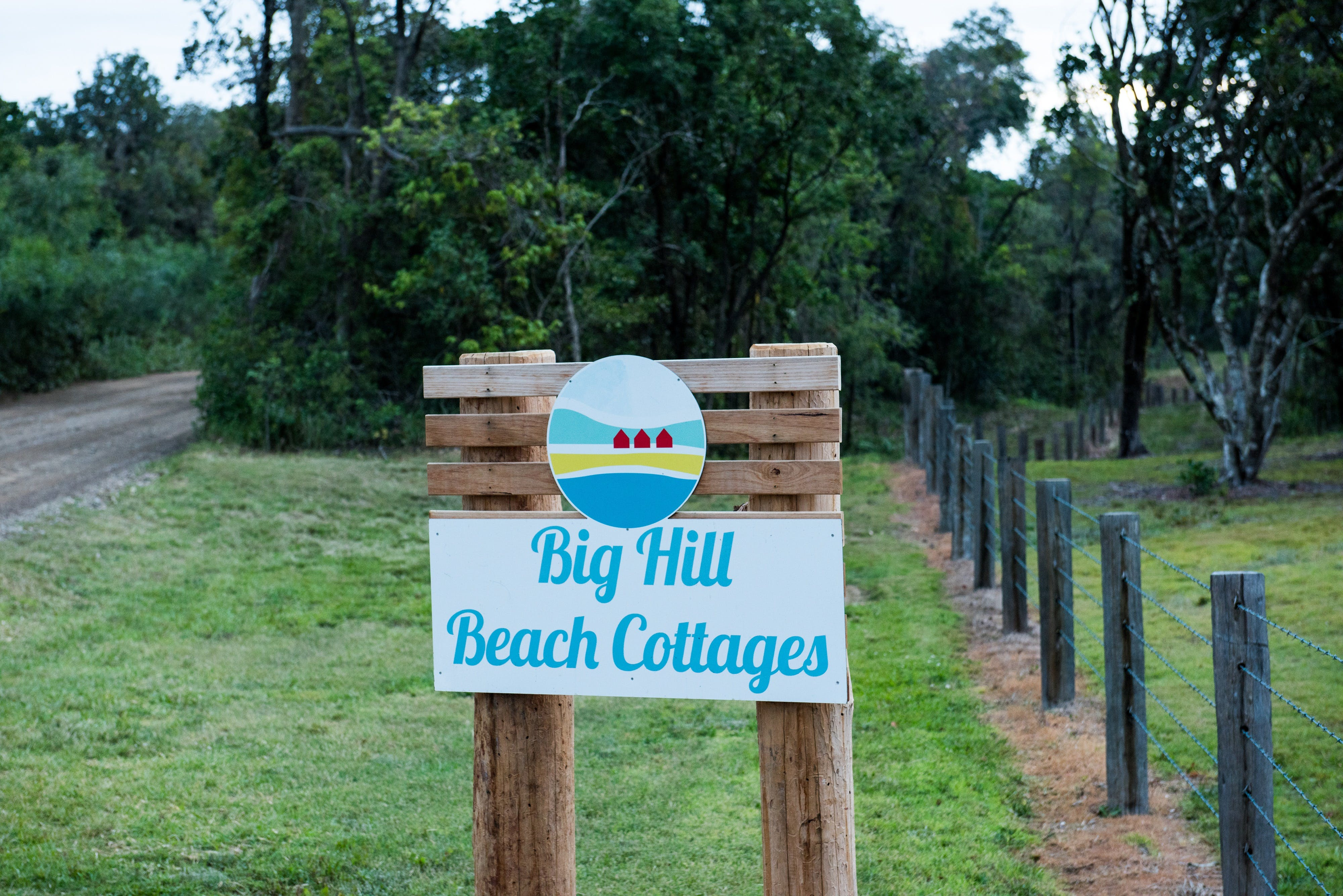 Big Hill Beach Cottages - Townsville Tourism