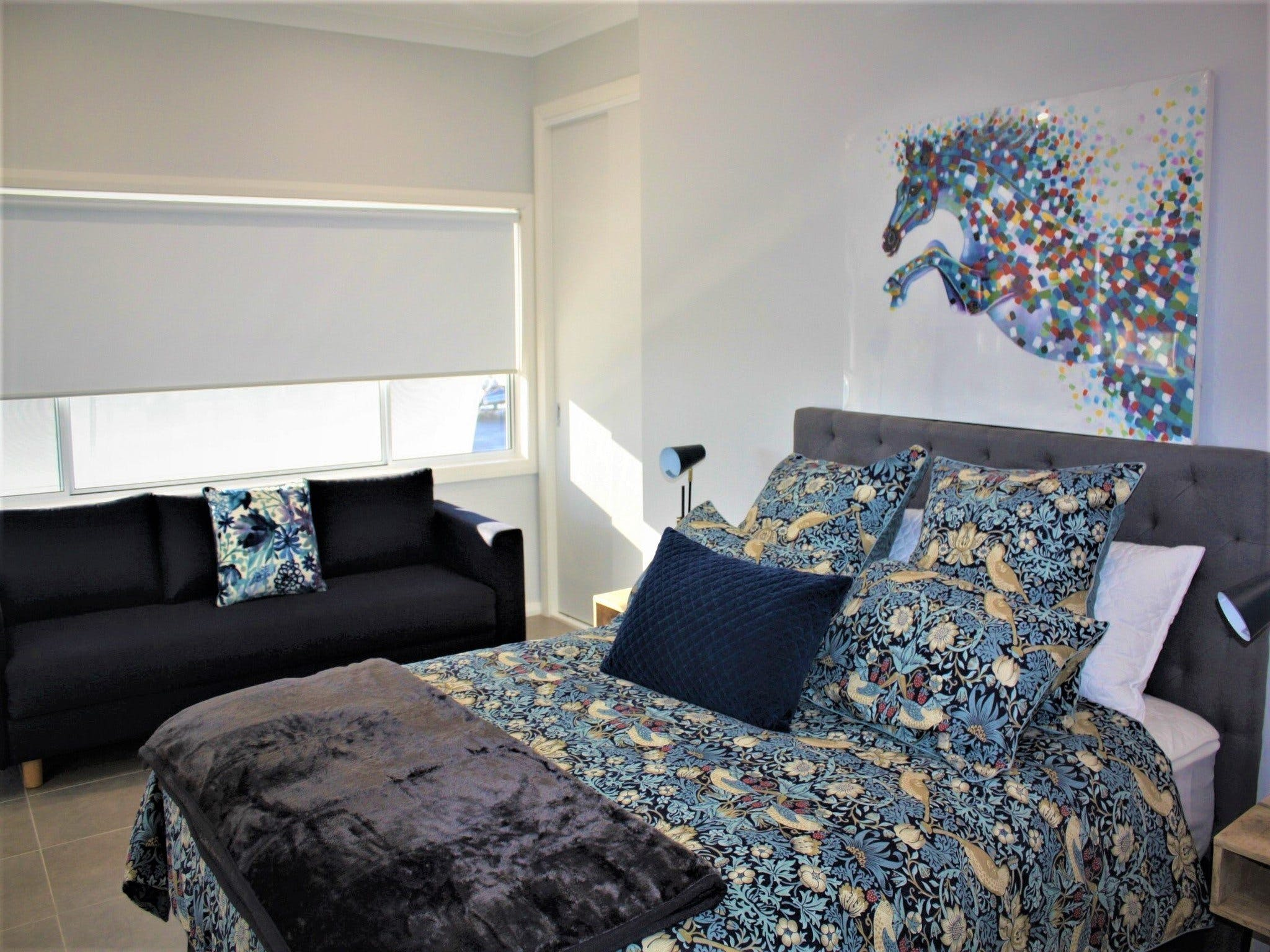 Coolah Shorts - Self Contained Apartments - Townsville Tourism
