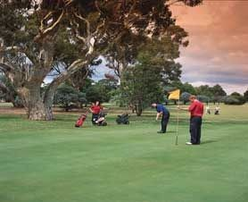 Barham Golf Resort - Townsville Tourism