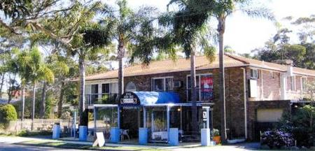 Palm Court Motel - Townsville Tourism