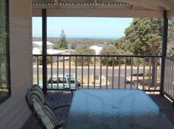 Mayflower Bed and Breakfast - Townsville Tourism