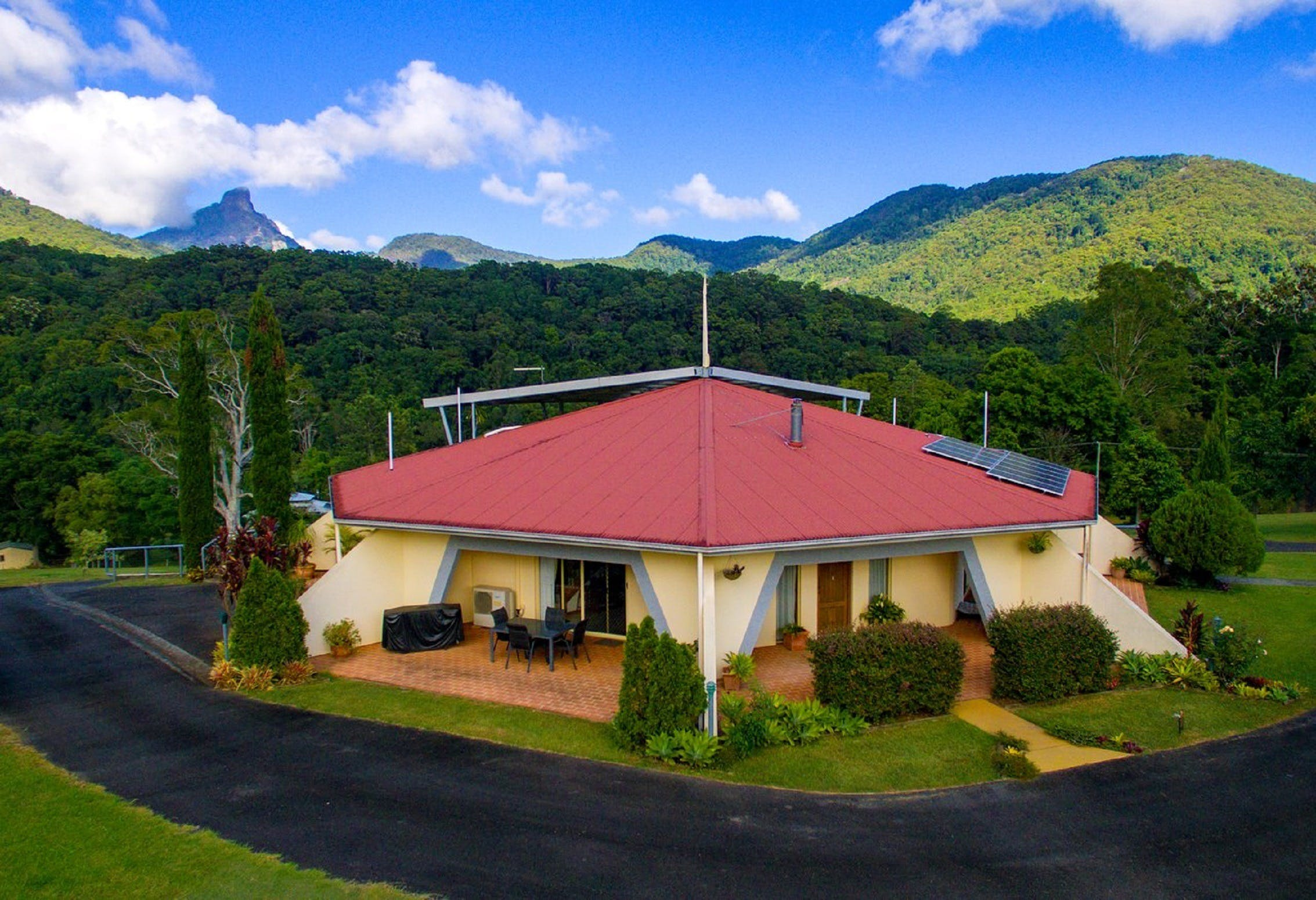 A View of Mount Warning Bed and Breakfast - Townsville Tourism
