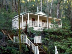 Myers Creek Cascades Luxury Cottages - Townsville Tourism