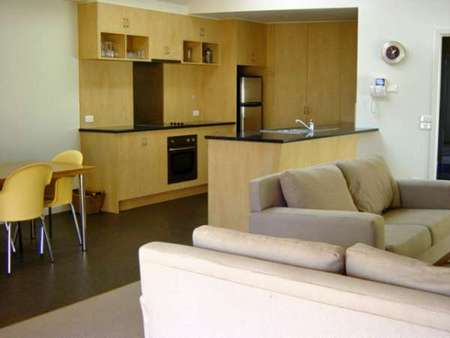 Sackville Apt No 1 - Townsville Tourism