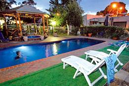 Mirrabooka Units - Townsville Tourism