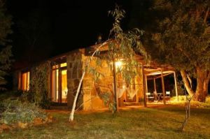 Wombat Hills Cottages - Townsville Tourism