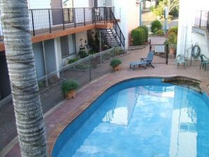 Bargara Beachfront Holiday Apartments - Townsville Tourism