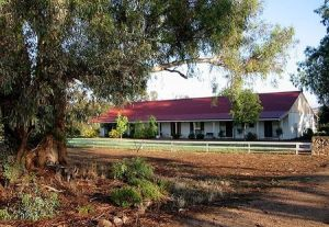 Hanericka Farm Stay - Townsville Tourism