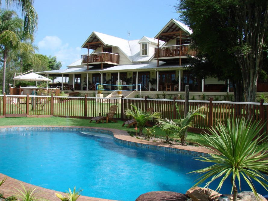 Clarence River Bed  Breakfast - Townsville Tourism