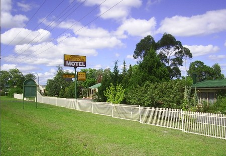 Camden Country Club Motel - Townsville Tourism