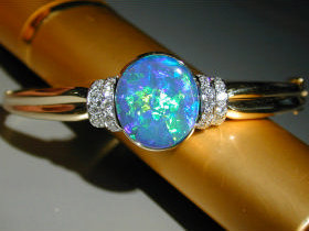 The National Opal Collection - Townsville Tourism