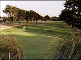 South Lakes Golf Club - Townsville Tourism