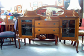 Ring Road Antique Centre - Townsville Tourism