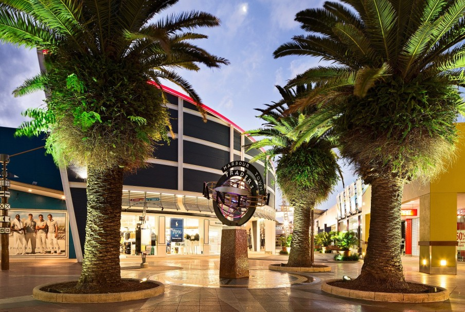 Harbour Town Outlet Shopping Centre - Townsville Tourism