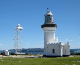 Point Perpendicular Lighthouse and Lookout - Townsville Tourism