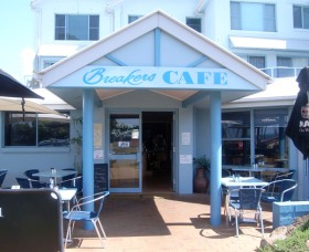 Breakers Cafe and Restaurant - Townsville Tourism