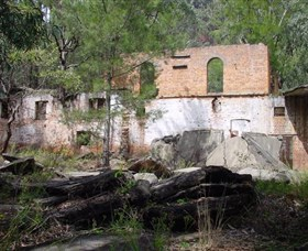 Newnes Shale Oil Ruins - Townsville Tourism