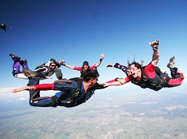Skydive Maitland - Townsville Tourism