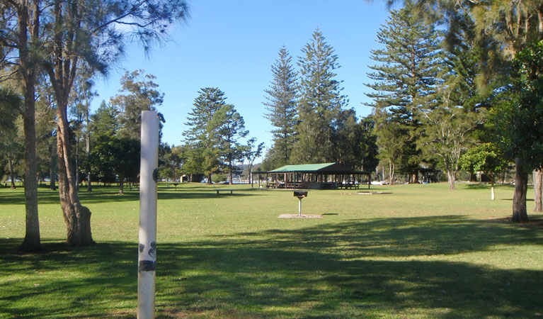 The Basin picnic area - Townsville Tourism