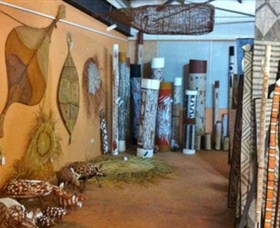 Maningrida Arts and Culture - Townsville Tourism