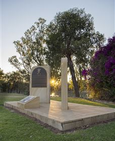 St George Pilots Memorial - Townsville Tourism