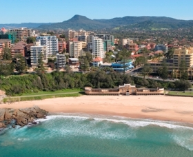 North Wollongong Beach - Townsville Tourism