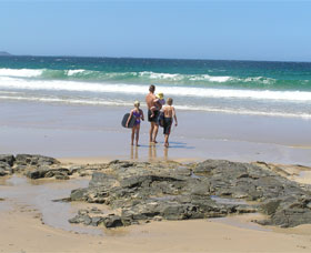 Shellharbour Beach - Townsville Tourism