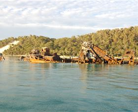 Tangalooma Wrecks Dive Site - Townsville Tourism