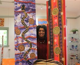 Apma Creations Aboriginal Art Gallery and Gift shop - Townsville Tourism